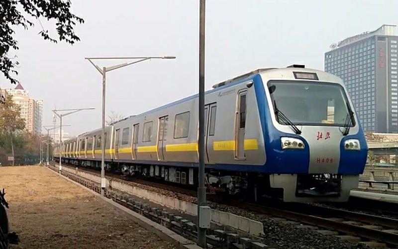 北京地铁13号线
